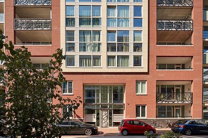 http://www.hartjeeindhoven.nl/image/2/674/449/5/assets/images/gebouw/barcelona.jpg